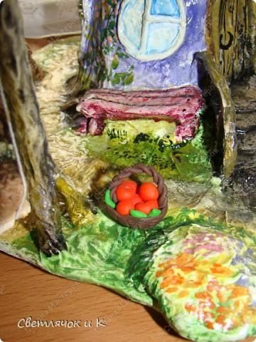 Вот такой домик можно сделать практически из мусора) Итак приступим))) фото 16