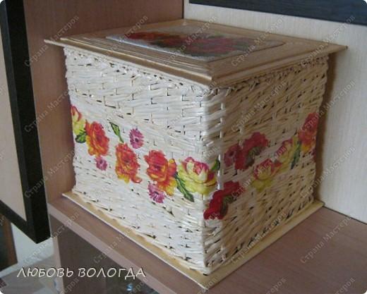 А теперь коробочка http://stranamasterov.ru/node/174244 с отделкой.Стоит на полочке, для нее предназначенной. фото 1
