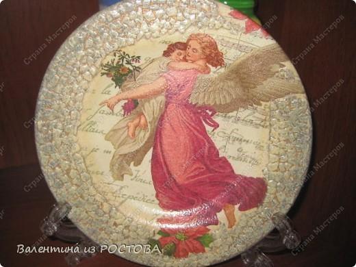 Пасхальная тарелочка:украсила блестками и контурами. фото 2