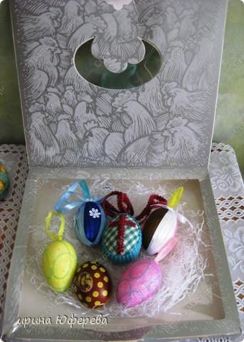 Яйцо из пенопласта, ленточки... фото 2