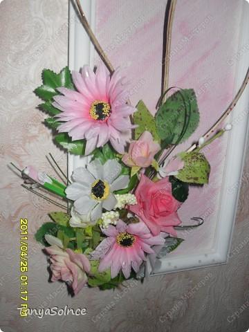Композиция из искусственных цветов - маме! фото 2