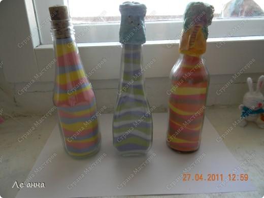 Бутылочки делала с дочкой. Крышки из солёного теста. фото 1