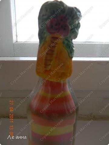 Бутылочки делала с дочкой. Крышки из солёного теста. фото 2