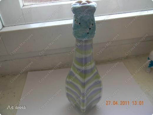 Бутылочки делала с дочкой. Крышки из солёного теста. фото 4