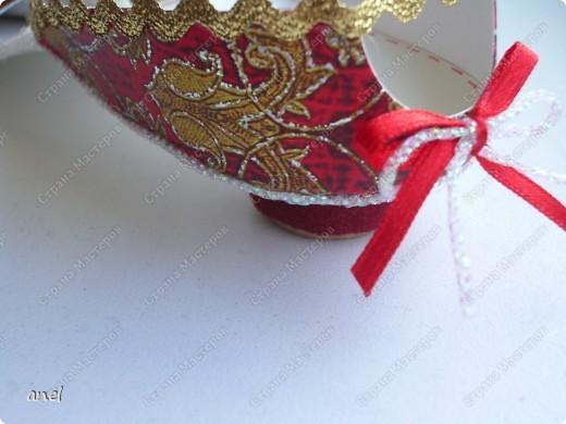 Чтобы подарить деньги приходится выискивать новые и новые варианты.Вот мастер класс по туфельке.     http://artfulaffirmations.blogspot.com/2010/01/elegant-shoe-tutorial.html фото 4