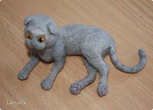 Кошка породы шотландская вислоухая в миниатюре. 9см в длину. фото 1