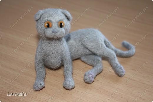 Кошка породы шотландская вислоухая в миниатюре. 9см в длину. фото 3