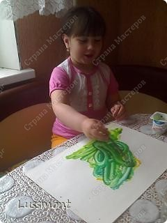 """Когда доча заболела, стала плаксивой, вялой. Тогда я ей предложила порисовать """"Волшебными красками"""", она не отказалась. Вот что у нас получилось... фото 4"""