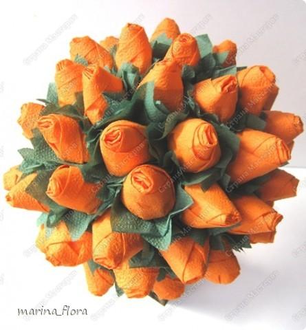 Вы хотите всё время ощущать себя счастливым и жизнерадостным человеком? Тогда смело используйте оранжевый цвет в интерьере!  Давайте вспомним всем известную «Оранжевую песню», где всё солнечное и оранжевое: солнце, небо, море, мамы, ребята, и даже верблюд. Считается, что оранжевый – это цвет детского веселья – он яркий, задорный и слегка непосредственный. Оранжевый – позитивный, импульсивный, жизнерадостный цвет. Он моментально обращает на себя внимание.   фото 2