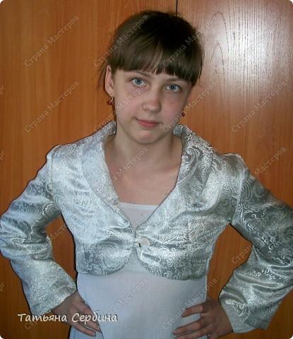 Первое платье, которое я сшила старшей доченьке на выпускной в садик. Модель придумала сама: фото 18