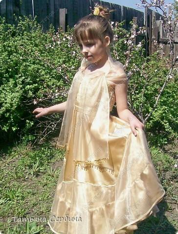 Первое платье, которое я сшила старшей доченьке на выпускной в садик. Модель придумала сама: фото 2