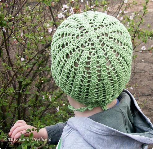 Описание этой  летней шапочки нашла в Интернете и  вязала по МК, только сделала 2 рюши ( в образце было 3).   фото 11