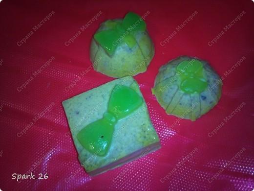 Решила просто выложить свои работы, если кого-то заинтересует какое-нибудь мыло выложу рецепт))  Травяное мыло с омолаживающим эффектом. фото 6