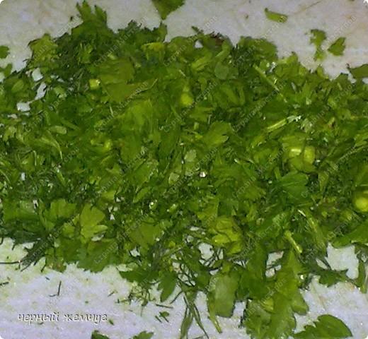 Салат Витаминный : молодая капусточка, свежие огурчики и редиска,  лист салата, красный болгарский перец, зелень и  нерафинированное подсолнечное масло. фото 7