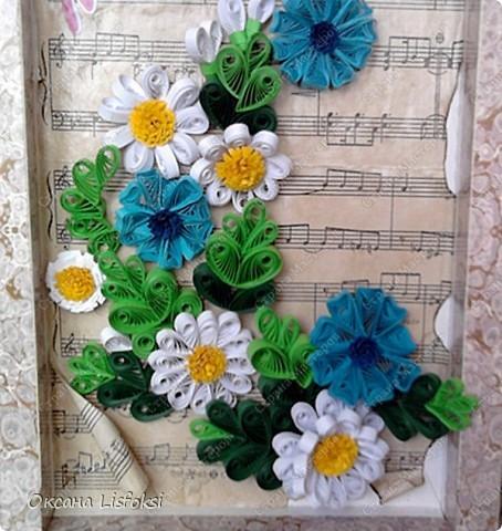 Это еще один подарок для преподавателя музыки. Идею с фоном позаимствовала у Тори4ки http://stranamasterov.ru/node/186742?c=favorite_587  фото 3