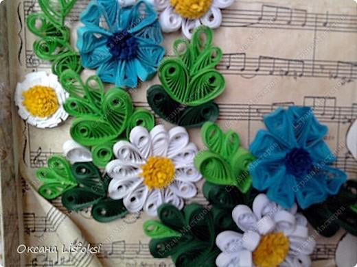 Это еще один подарок для преподавателя музыки. Идею с фоном позаимствовала у Тори4ки http://stranamasterov.ru/node/186742?c=favorite_587  фото 7