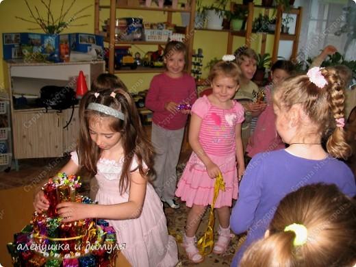 захотелось дочке на день рождения приготовить в сад вот такой тортик для угощения детишек фото 11