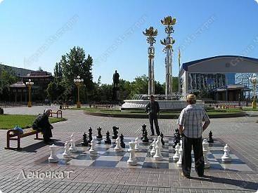 Знакомтесь. Столица Калмыкии- город Элиста. Почему-то многие считают, что это чуть ли не заграница....Ошибаются конечно же.А это Пагода... фото 7