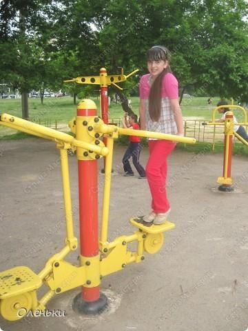 Вот такие комплексы стоят в парках и скверах Харькова фото 12