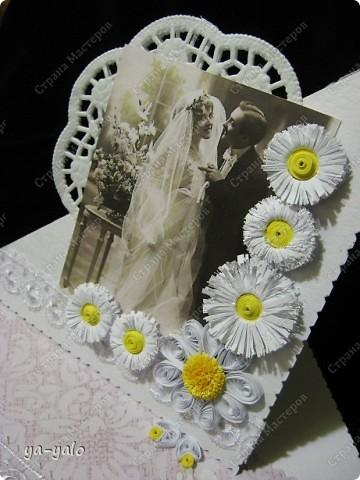 Это моя первая свадебная открытка))) Сделана на заказ, это я к тому говорю, чтобы вы не подумали, что такое прекрасное событие постигло кого-то из моих близких)) фото 7