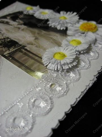 Это моя первая свадебная открытка))) Сделана на заказ, это я к тому говорю, чтобы вы не подумали, что такое прекрасное событие постигло кого-то из моих близких)) фото 9