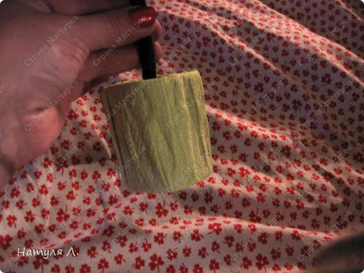Девочки, хочу немного рассказать и показать как я делаю такие деревья.  По бутонам роз смотрите здесь  http://stranamasterov.ru/node/192686   фото 24