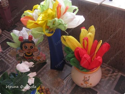 Сегодня вечером Ася приехала с турслёта, и привезла цветы!!!Мне они очень понравились. Я спросила Асю, помнит ли она, как делаются цветы, и Ася без промедления стала мне показывать. Так родился Мастер - класс от Асюши. фото 21