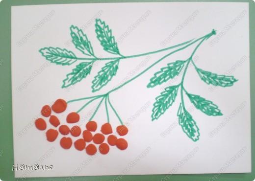 Перебирала свои фотографии, нашла кое-что из детского творчества, которое фотографировала в течение года. Подсолнух. Рисование пальчиками. Стебель и листья рисовала сама, дети рисовали пальцами цветок. фото 9