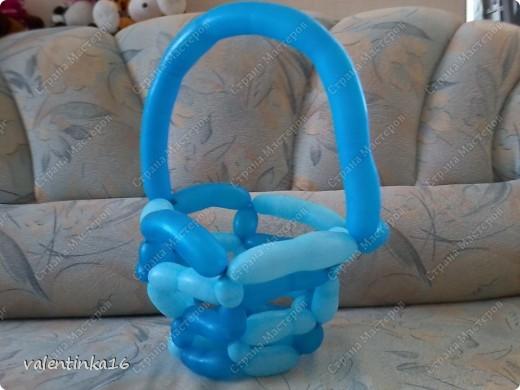 букет с корзинкой из шариков маме на день рождения! фото 4