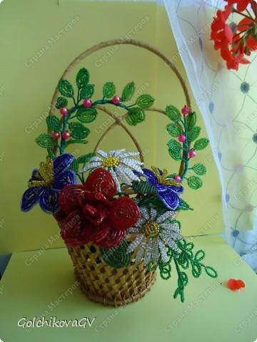 Это моя первая корзинка с цветами, потому и самая любимая. фото 1