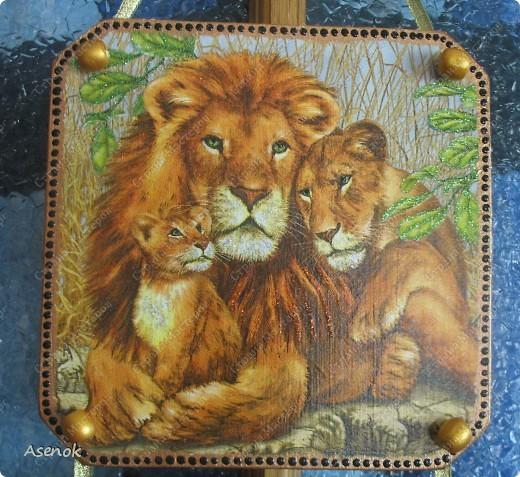 """Панно назвала """"Семья"""" потому что на всех трех частях изображены семьи животных. фото 2"""