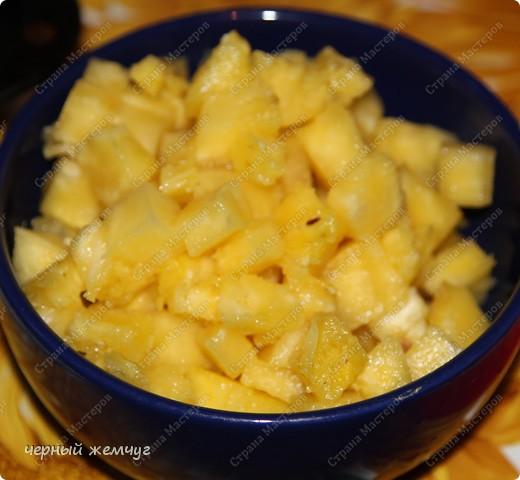 Курица фаршированная ананасом с гарниром из бананов в кляре фото 13