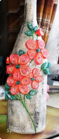 на лепестках цветов написано послание... фото 2
