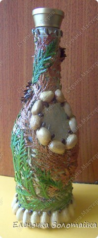 декор фисташками и листьями и цветами туи фото 1
