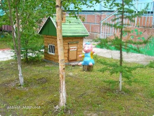 Работаю вот в этом детском саду . Сюда же и пойдёт моя дочка Машенька но это будет осенью, а пока пришли на экскурсию.  фото 9