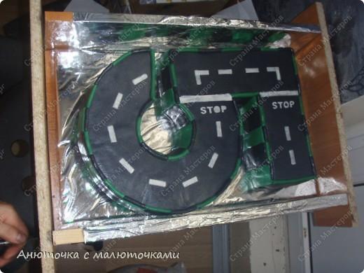 Здравствуйте, уважаемые гости :) Моим двойняшкам исполнилось 5 лет :) И решила я забабахать какой-нибудь необычный тортик :) И пренепременно с мастикой :) Вот что получилось: фото 13