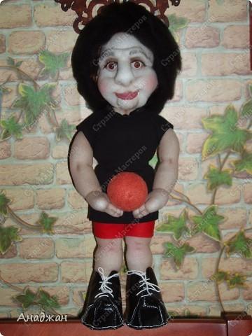 Елена, занимается волейболом, ее номер 9. Рост 33 см. Кроссовочки съемные. фото 15