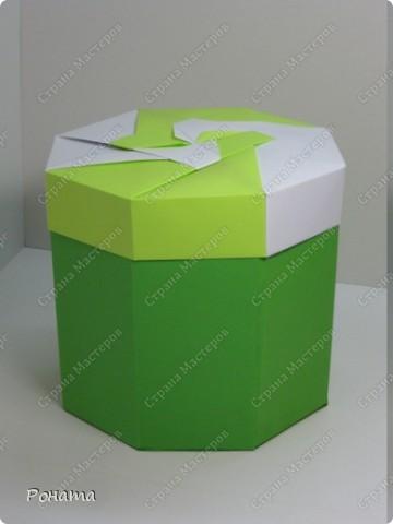 Все здравствуйте! Вот еще одна кусудама пошла на подарок. Ну и как же без коробочки :)  фото 28
