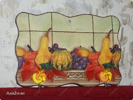 Кухонные панно - вешалки. Основа дерево, салфетки, акриловые краски, лак, декоративные крючки. Подрисовка. фото 3