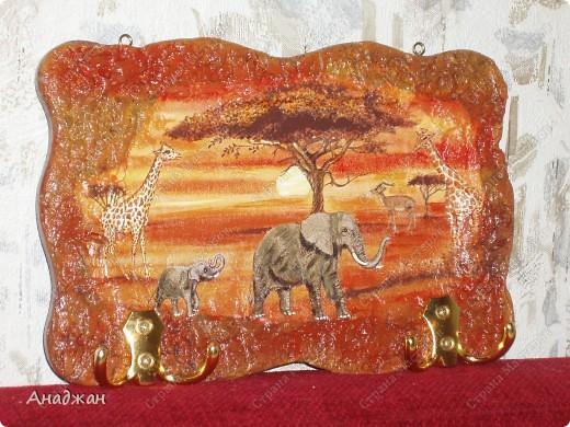 Кухонные панно - вешалки. Основа дерево, салфетки, акриловые краски, лак, декоративные крючки. Подрисовка. фото 4