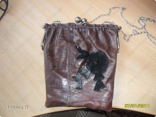 Эта сумка была сшита еще зимой, но времени выложить не было. Сделана из голенища от кожаного сапога. фото 1