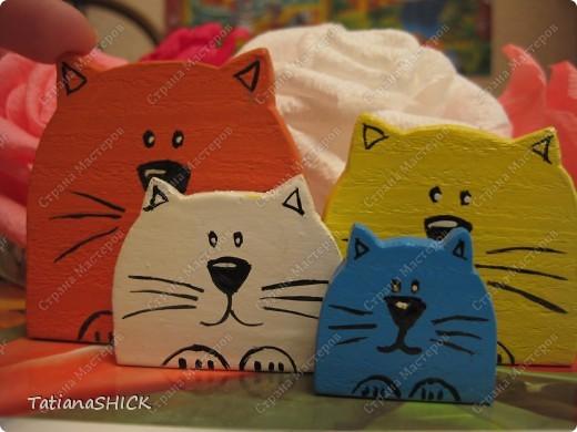 кошачья семья,сувенир в год кота. фото 1