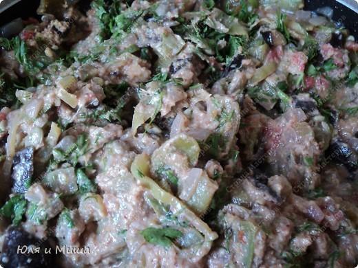 """С рецептом классических аджапсандалей мы Вас уже знакомили http://stranamasterov.ru/node/187712. Нигвзис - по-грузински """"почищенные грецкие орехи"""". Но отличается блюдо не только их добавлением!   фото 1"""