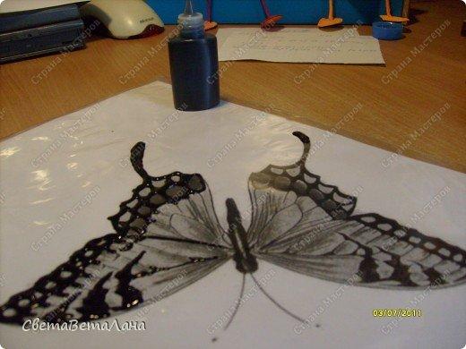 .........рассказ пойдет не о бабочках......мастер-классов о них у нас в Стране Мастеров достаточно......а вот что делать , когда у вас нет ( кончились) витражные краски......или в магазин их не завезли............ фото 7