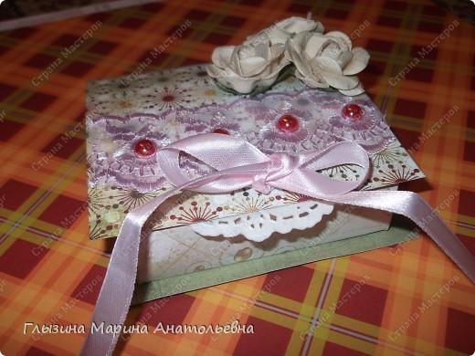 Представляю  вашему вниманию очаровательную коробочку-оригами Увидела у Юлечки (YuliaMart) очень понравилась. Она дала ссылочку с МК и я  решила попробовать. Спасибо Юля. Вот что у меня получилось фото 1