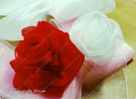 Мои любимые розы. Здесь я каждый лепесток пришивала отдельно фото 5