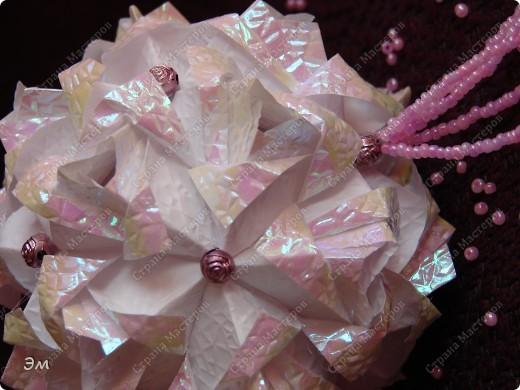 всем доброго утра,дня и ночи! я опять с кусудамами), насобиралось немного Name: Little Roses  Designer: Maria Sinayskaya Parts:30 Paper: 4*8 cm  фото 3