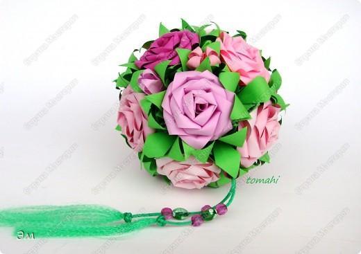 всем доброго утра,дня и ночи! я опять с кусудамами), насобиралось немного Name: Little Roses  Designer: Maria Sinayskaya Parts:30 Paper: 4*8 cm  фото 8