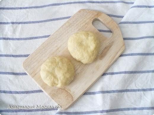 У этого пирога лимонная начинка, а я еще люблю его делать со смородиновым вареньем. фото 3