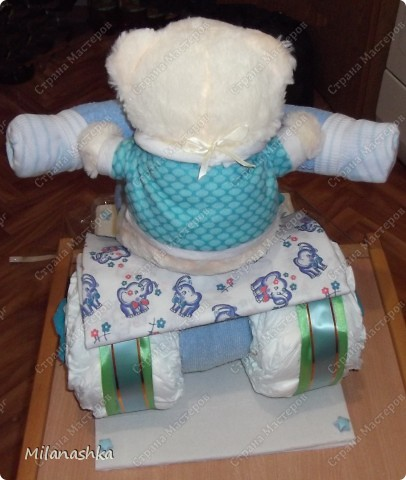 Мотоцикл из памперсов с открыточкой. фото 6
